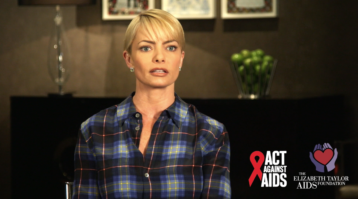 Jaime Pressly video thumbnail