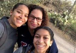 Photo of Robin Soler and her daughters