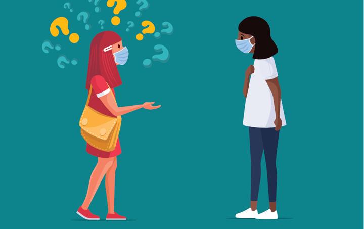 mujer con mascarilla con signos de interrogación sobre la cabezahaciéndole preguntas a otra mujer