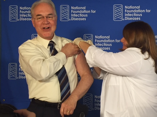 On September 28, 2017, HHS Secretary Tom Price, M.D. received a flu vaccine at the NFID 2017-2018 seasonal flu news conference.