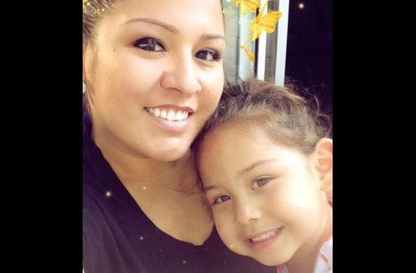 Bethany Drapeau y su hija Amiah