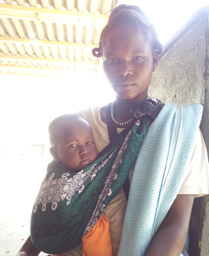 Turkana mother and child in Lodwar, Kenya