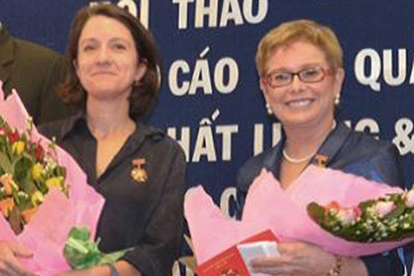 Congratulations to CDC-Vietnam's Country Director and Associate Deputy Director