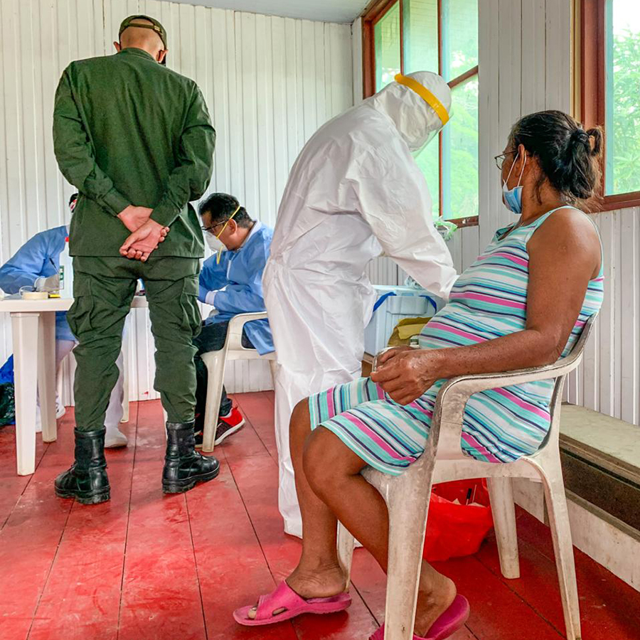 FETP residents with the Amazonas State Department of Health conducting a field investigation for COVID-19 in San Juan de Atacuari on the Brazilian border.