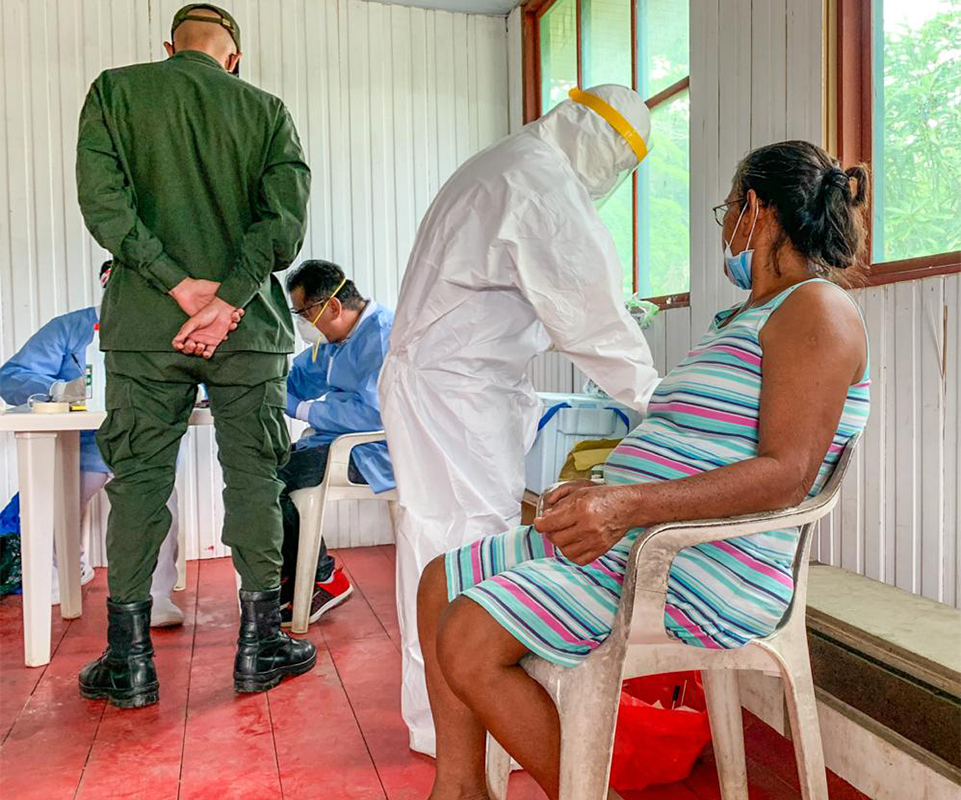 FETP residents with the Amazonas State Department of Health conducting a field investigation for COVID-19 in San Juan de Atacuari, Colombia on the Brazilian border.