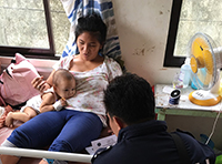 Taught disease spread prevention methods to mothers. Photo: Flo D'Lyn B. Gallardo