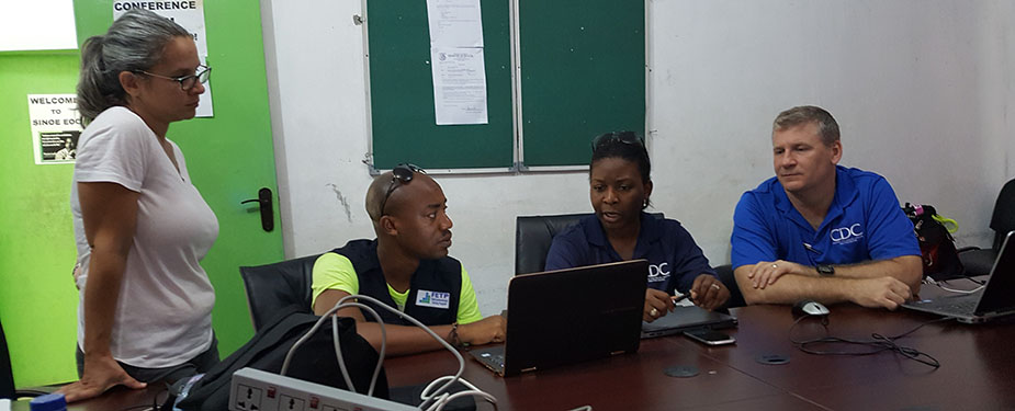 CDC team works with the FETP advisor in the county health team's EOC.
