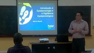 Epidemiologists from the Brazilian Association of Epidemiology Professionals (ProEpi) facilitated the training. ProEpi is a long-time partner of INS in Mozambique.