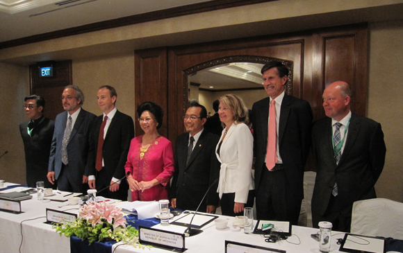 Ministers of Health, Agriculture and other dignitaries from dozens of nations, including the United States, met in Jakarta, Indonesia August 20-21, 2014, to solidify plans for advancing the GHSA.
