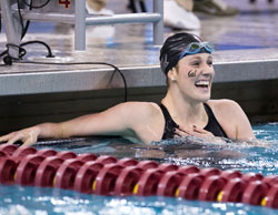 missy franklin pauses in the water
