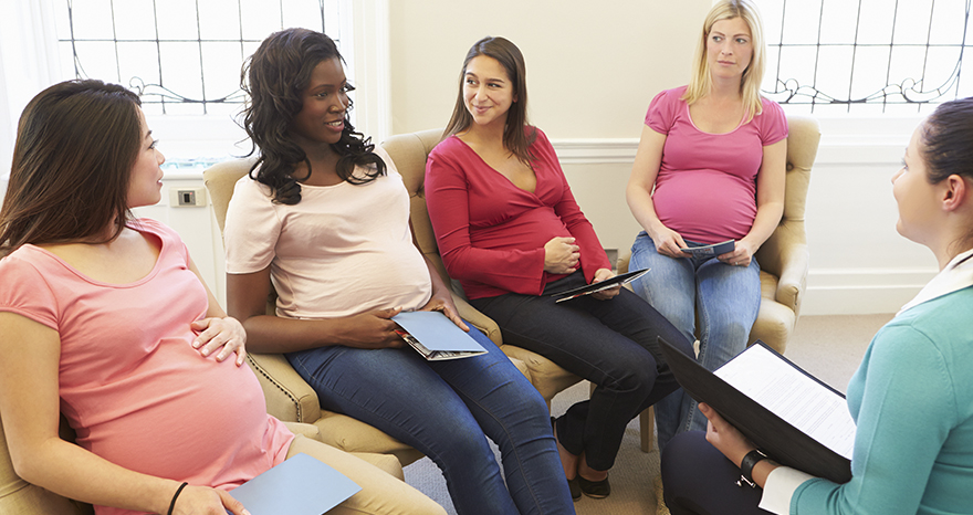 meeting of pregnant women