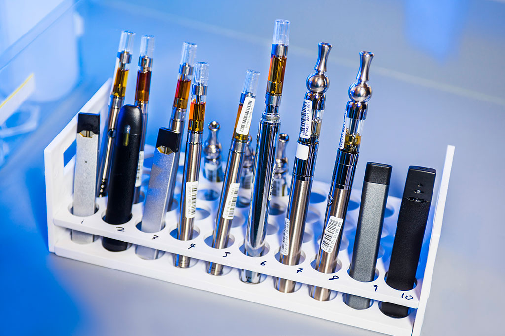 Work with e-cigarettes and vaping pens