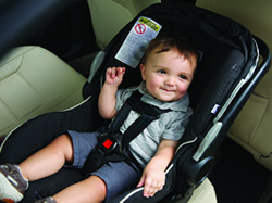 Photo: boy in carseat