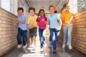kids running down hallway