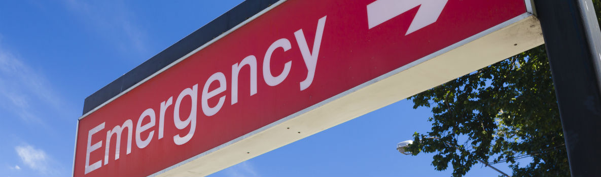 Photo of hospital emergency sign