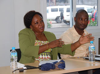 A Community Health Officer makes a point during CDC training in Sierra Leone. Photo by Elizabeth Kurylo/CDC.