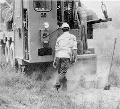Figure 1. Rock driller working without respiratory protection on a mobile rig