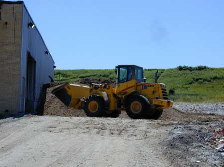 Figure 2. Payloader that was involved in the incident.