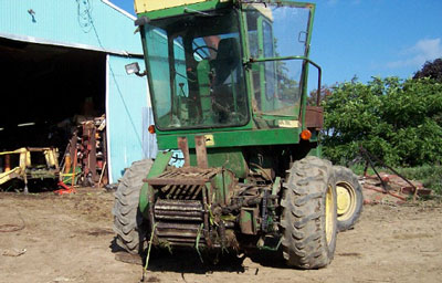 Figure 1. Forage chopper involved in incident
