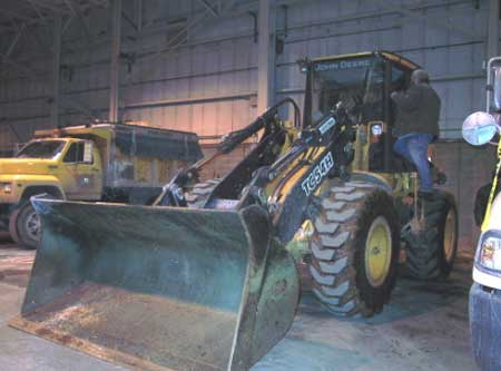 Figure 3. Front-end loader that was involved in the incident.