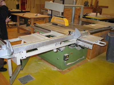 Table saw with sliding table involved in the incident