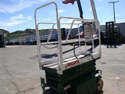 entrance side of scissor lift
