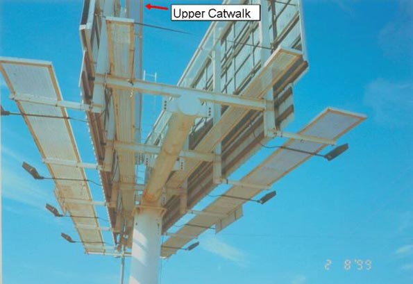 image of the  billboard structure - arrow indicates catwalk