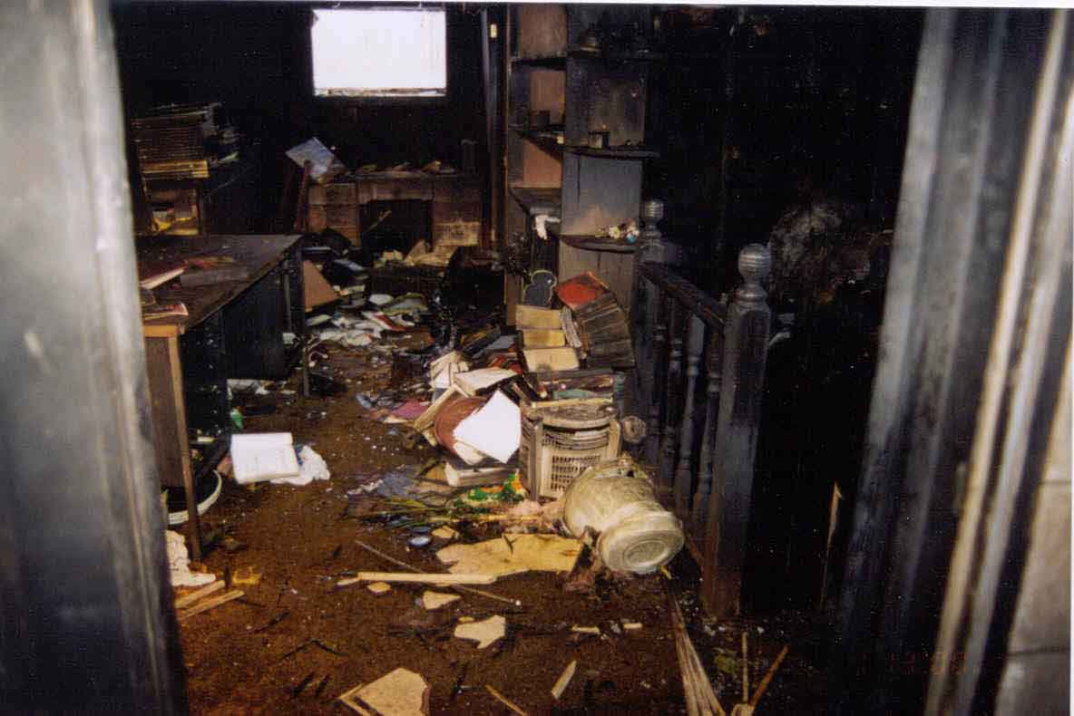 Fire Fighter Fatality Investigation Report F2001 04 Cdc