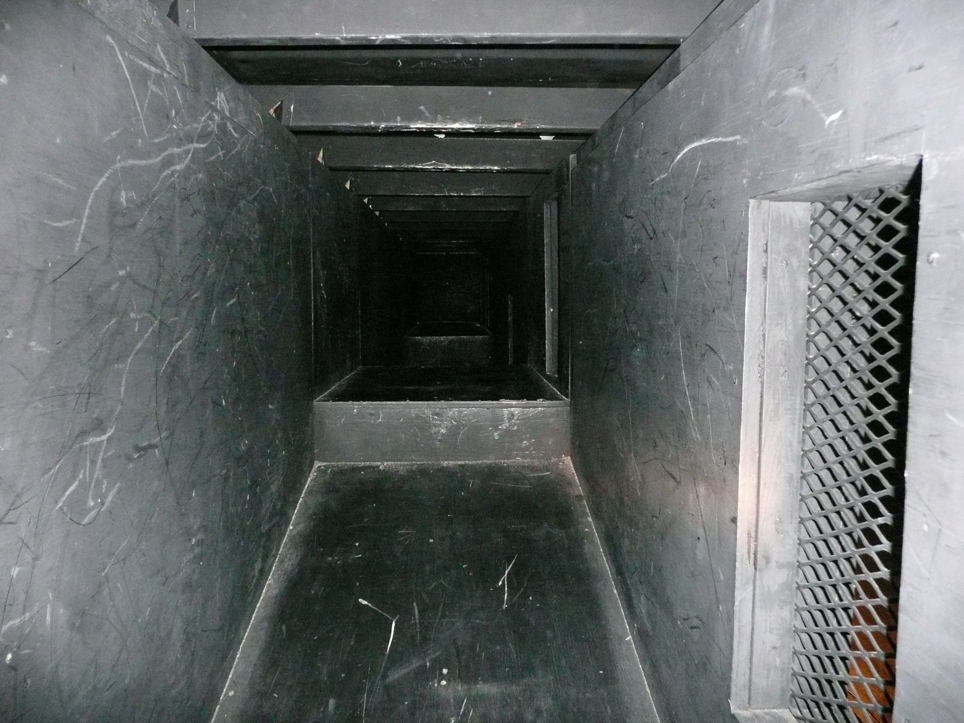 Inside the practical drill maze; decline slope