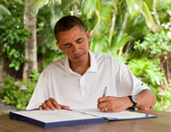 Prwesident Obama signing  the Zadroga 9/11 Act