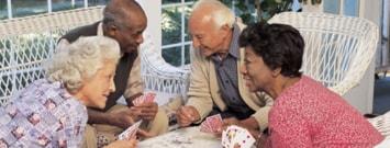 Un grupo de adultos mayores