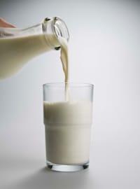 en la leche no pasteurizada:
