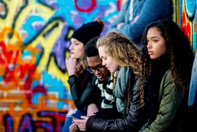 Un grupo de jovenes